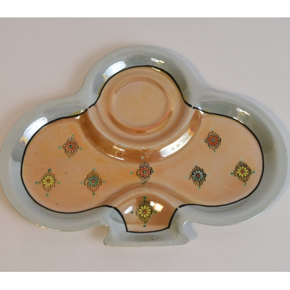 Lusterwear clover shaped vintage plate